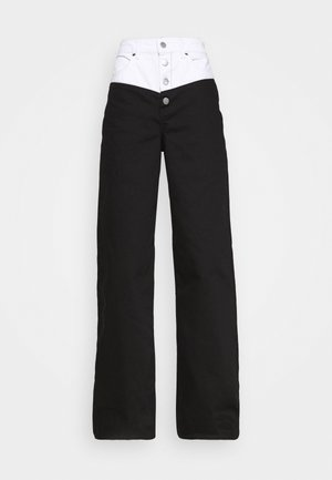 STEFANIE GIESINGER X nu-in SCULPTED EXTRA LONG WIDE LEG JEANS - Flared-farkut - black wash