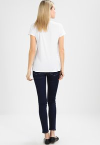 GAP - VINT CREW - Jednoduché triko - optic white - 2