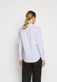Lauren Ralph Lauren - NON IRON SHIRT - Button-down blouse - white/blue - 2