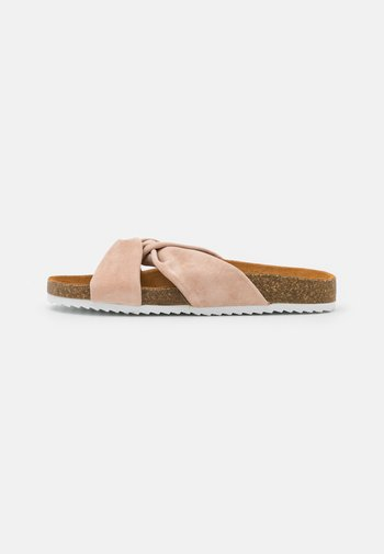 SUSTAIN TWISTED FOOTBED - Mules - nude