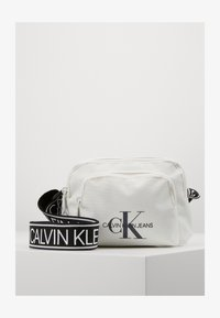 Calvin Klein Jeans - CAMERA BAG  - Across body bag - white - 1