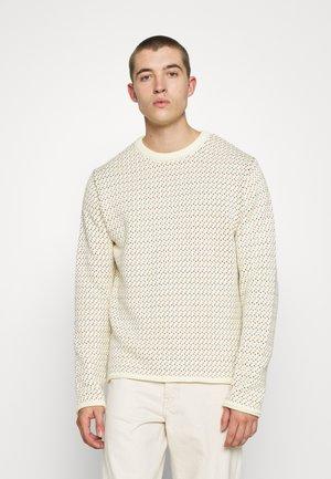 VALLEY CREW NECK - Strikkegenser - winter white