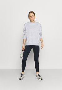 Cotton On Body - LONG SLEEVE CREW - Sweatshirt - grey marle - 1
