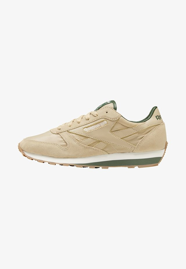 CLASSIC LEATHER AZ SHOES - Trainers - beige