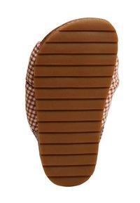 Mango - Walking sandals - oranjebruin - 2