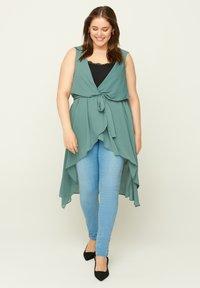 Zizzi - Waistcoat - green - 1