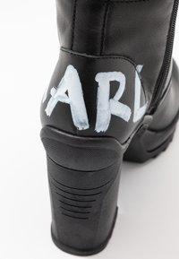 KARL LAGERFELD - VOYAGE ANKLE LACE LOGO BOOT - High heeled ankle boots - black - 2