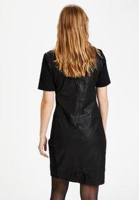 Culture - CULTURE CUALINA  - Shift dress - black - 5