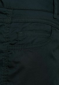 Street One - LOOSE FIT - Shorts - black - 4