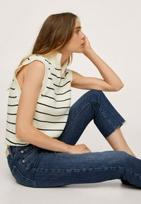 Mango - Straight leg jeans - donkerblauw - 4