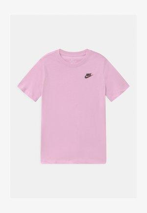 FUTURA  - T-shirt basique - light arctic pink