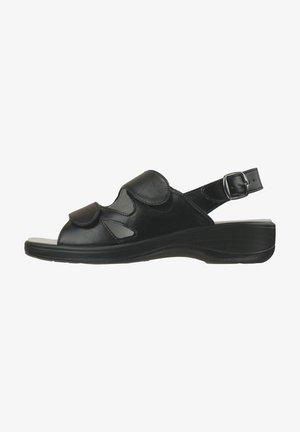 CORNELIA - Sandalen met plateauzool - schwarz