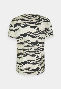 Just Cavalli - T-shirt con stampa - gray variant - 5