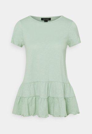 DOUBLE PEPLUM TEE - Print T-shirt - green