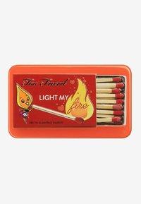 Too Faced - LIGHT MY FIRE EYE SHADOW PALETTE - Eyeshadow palette - - - 1