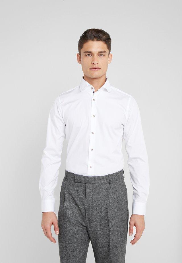 PANKO - Zakelijk overhemd - white