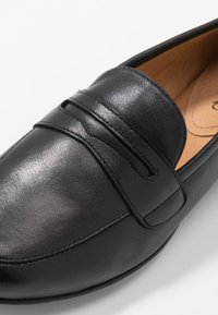Caprice - Nazouvací boty - black - 2