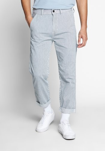 CARPENTER - Relaxed fit jeans - summer wash