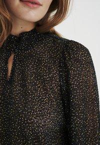 InWear - Blouse - black minimal dot - 4