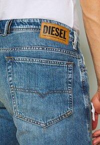 Diesel - THOSHORT - Szorty jeansowe - dark blue denim - 5
