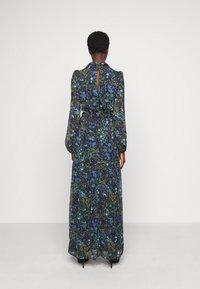 Hope & Ivy Tall - ESME - Maxi šaty - multicolor - 2