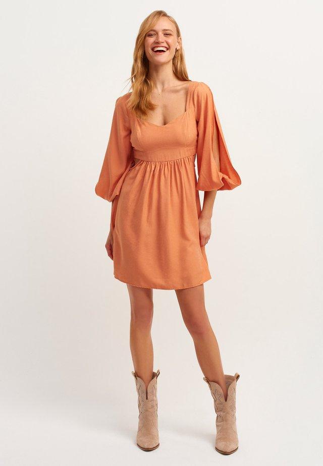 Korte jurk - aragonite