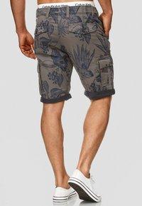 INDICODE JEANS - ALBERT - Shorts - light gray - 2