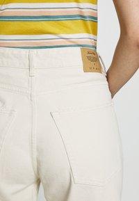 American Vintage - SNOPDOG - Straight leg jeans - ecru - 5