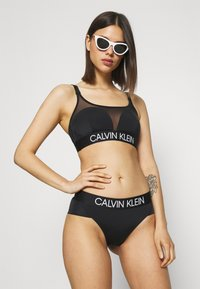 Calvin Klein Swimwear - CURVE BRALETTE - Bikini top - black - 3