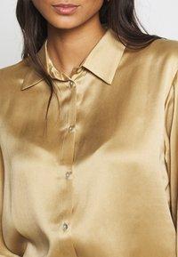 ASCENO - THE LONDON TOP - Pyjama top - antique gold - 5