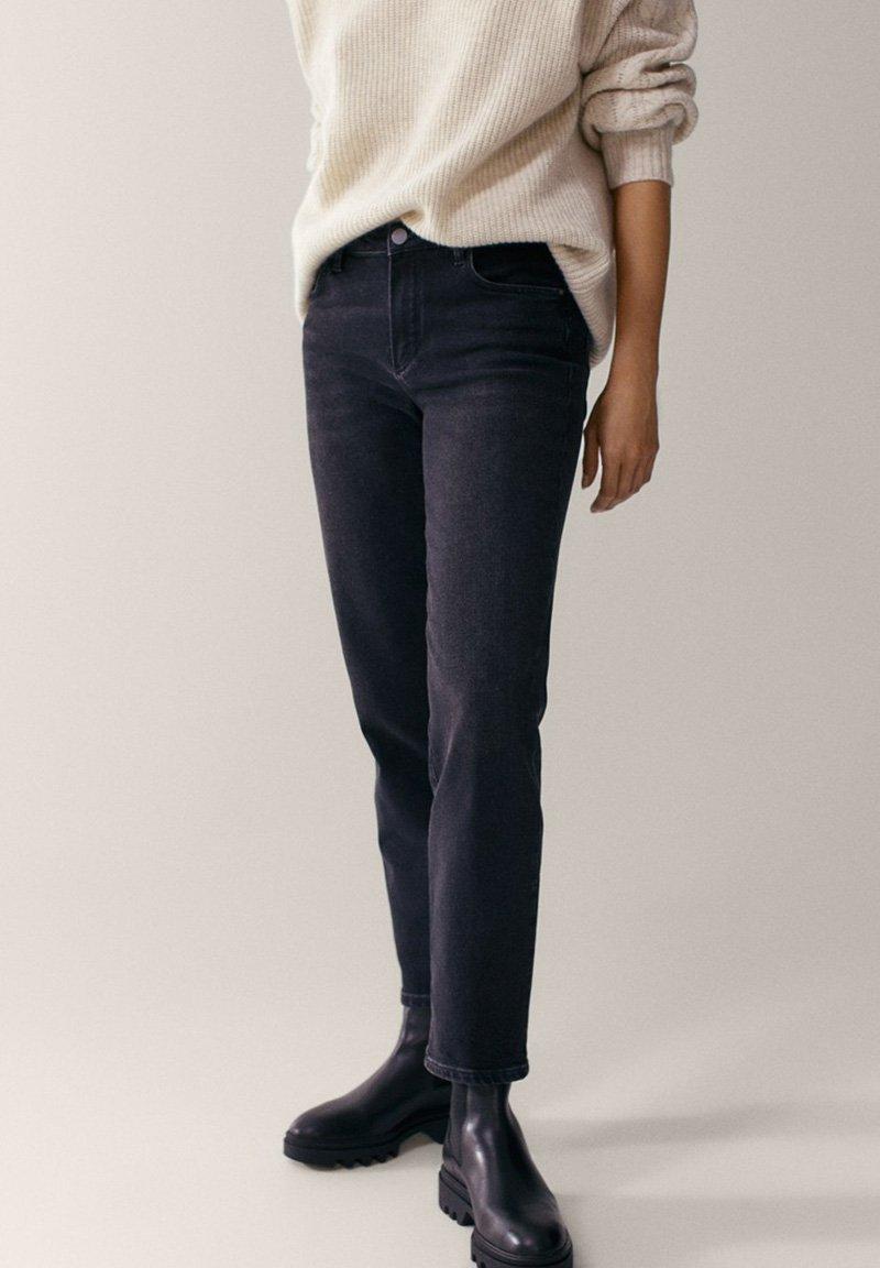 Massimo Dutti - MIT HALBHOHEM BUND - Slim fit jeans - dark grey