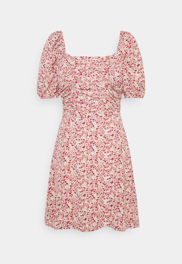 DITSY RUCHED PUFF SLEEVE SKATER DRESS - Kjole - red
