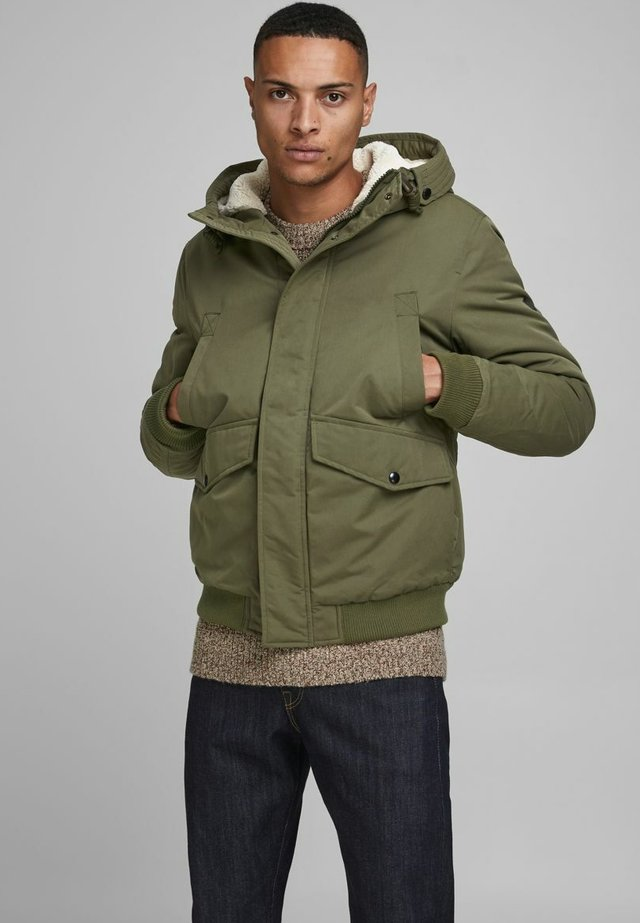 Winter jacket - olive night