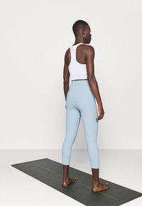 Cotton On Body - POCKET 7/8 - Leggings - baby blue - 2