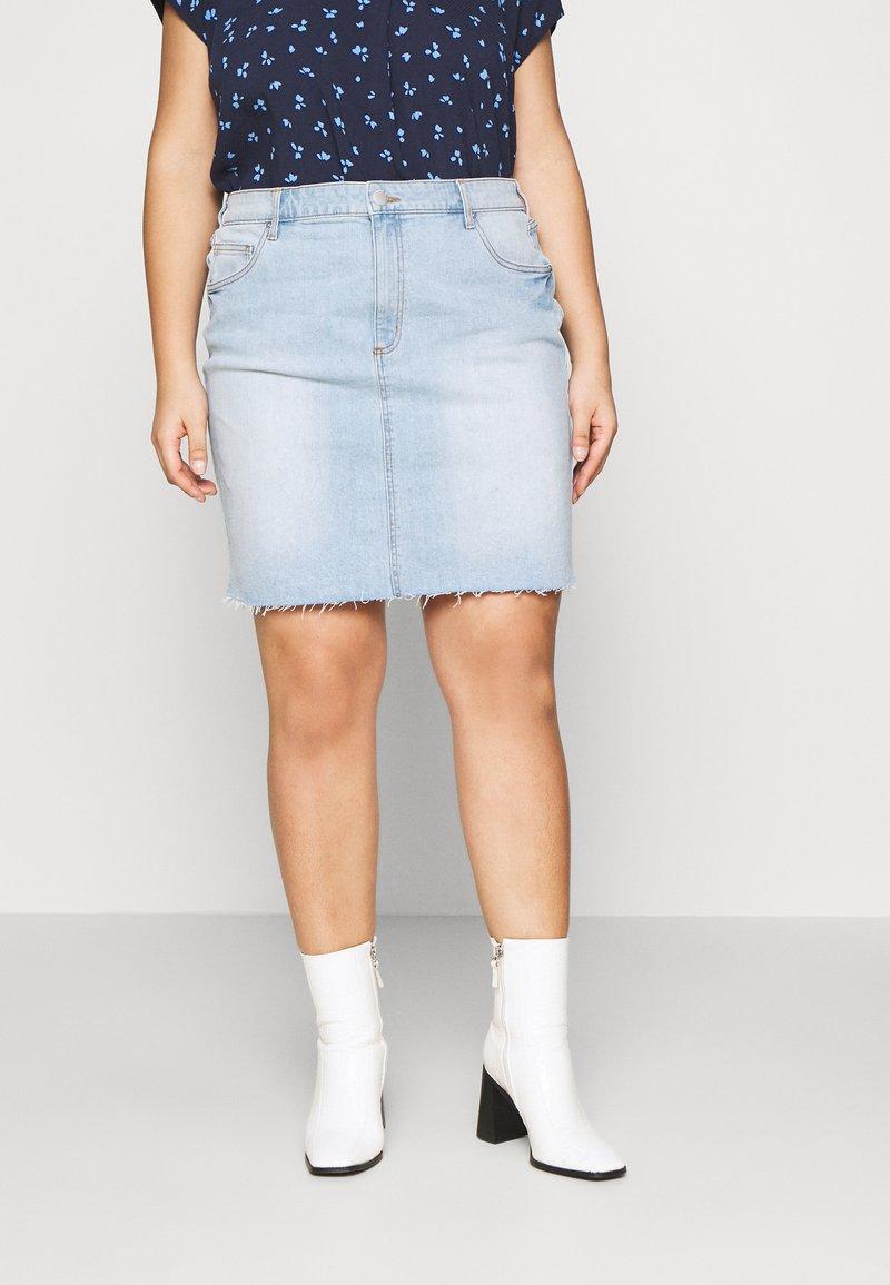 Cotton On Curve - SKIRT - Denim skirt - sky blue