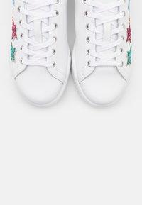 CHIARA FERRAGNI - ROGER SHADE STARS - Zapatillas - white/multicolor - 6