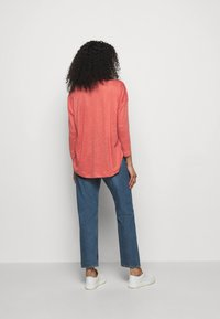 CLOSED - WOMENS - Long sleeved top - dusty coral - 2