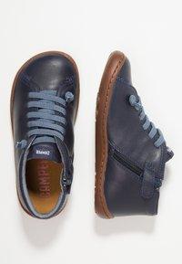 Camper - PEU CAMI KIDS - Zapatos con cordones - navy - 0