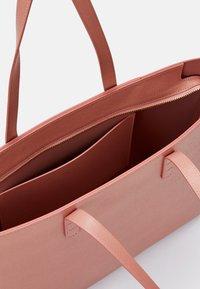 Mansur Gavriel - SMALL ZIP TOTE - Tote bag - confetto - 6