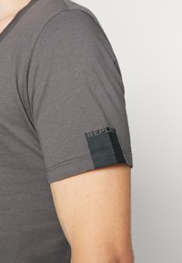 Replay - T-shirt basic - mouse grey - 5