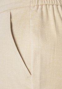 Vero Moda - VMKEONI POCKET - Kalhoty - birch - 6