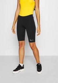 Karl Kani - SMALL SIGNATURE CYCLING - Shorts - black - 0