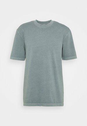 TEE - T-Shirt basic - midnight pine