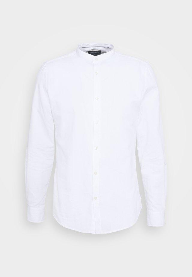 DOBBY MAO - Skjorte - white