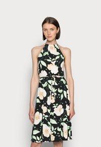 Anna Field - HALTER NECK BRAIDED BELT DRESS  - Žerzejové šaty - black/white/green - 0