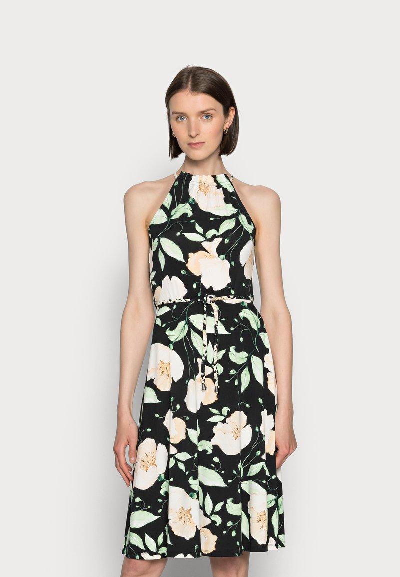 Anna Field - HALTER NECK BRAIDED BELT DRESS  - Žerzejové šaty - black/white/green