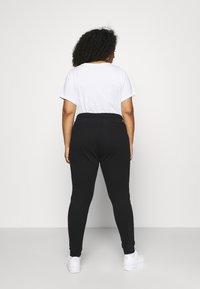 Calvin Klein Jeans Plus - PLUS MICRO BRANDING PANT - Tracksuit bottoms - black - 2