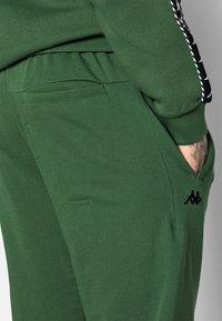Kappa - IREK - Träningsbyxor - greener pasters - 5