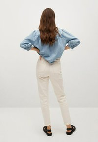 Mango - Jeans Tapered Fit - off white - 2