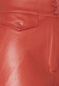 Fashion Union Petite - JACOB TROUSER - Trousers - rust - 2